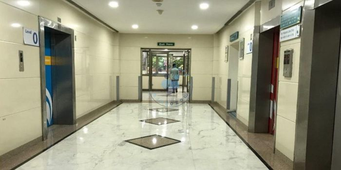 Indraprastha Apollo Hospital